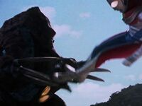 Geomos vs Ultraman Dyna3