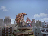 Frogas vs. Ultraman Dyna