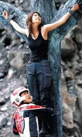 Mizuki Koishikawa crucified