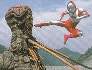 Ultraman Great vs Gudis