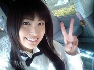 Hitomi selfie