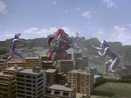 Garaon vs Ultraman Dyna