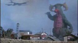 Girl Monster? Ultraman Taro vs Veron