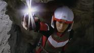 Asuka menggunakan Reflasher