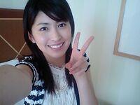 Hitomi cute selfie