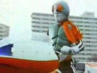 Kamen Rider Ichigo is riding his Cyclone