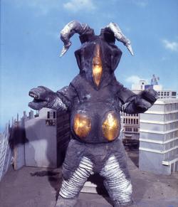 Zetton in Return of Ultraman
