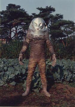 The first Alien Zarab in Ultraman