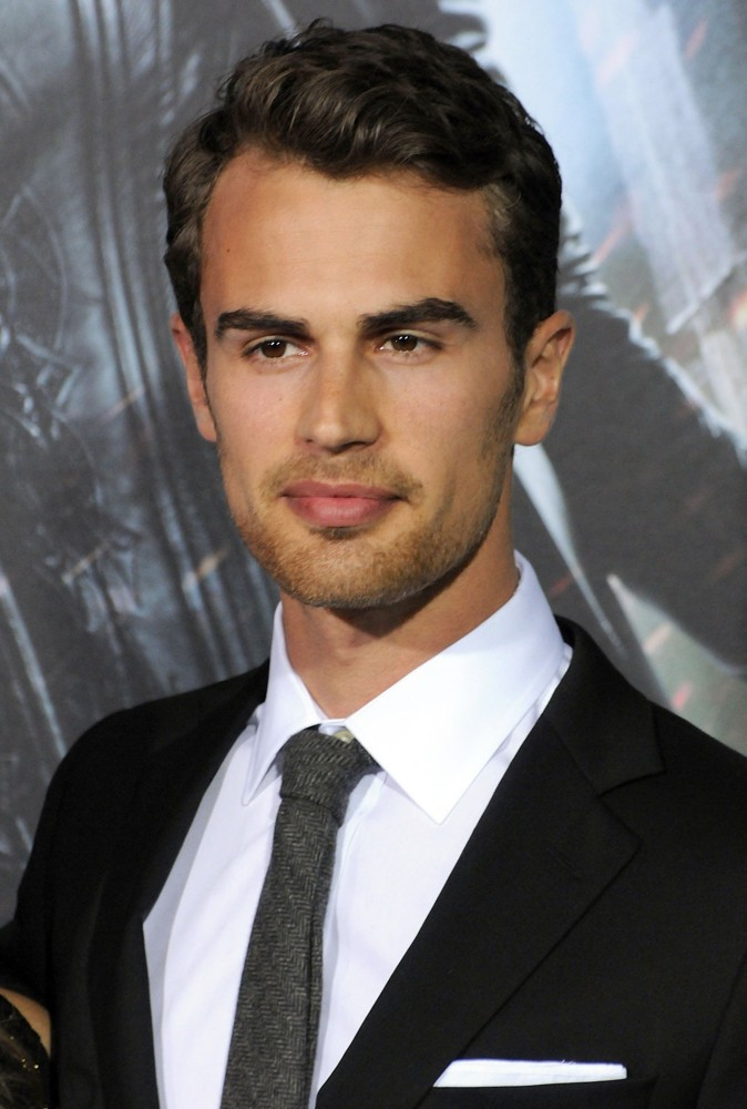 Is theo james who 15 Little