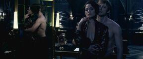 Underworld - Blood Wars (2016).mp4 snapshot 00.22.54 -2017.07.14 18.48.03-