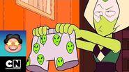 Los Boxers de Peridot Steven Universe Cartoon Network