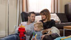 Noah mit seinen Eltern