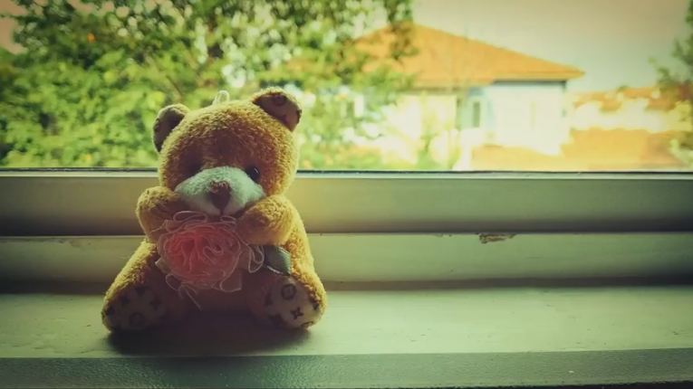 Alone/kiropao