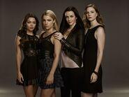 TVD7 Lily Salvatore Heretics Girls