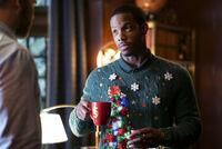 2x08 This Christmas Was Surprisingly Violent-Dorian
