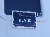 Klaus on set
