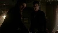 719-086-Damon-Enzo