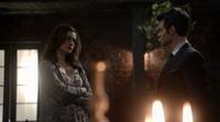 Hayley and Elijah 1.12