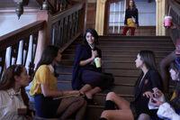 1x05 Malivore-Penelope~Josie