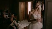 TO511-043-Rebekah-Freya