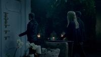 TO508-106~Klaus~Rebekah