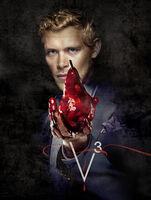 Klaus-the-vampire-diaries-25140553-380-504