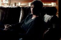 1x04-Family Ties (4)