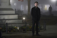5x12 The Tale of Two Wolves-Klaus 1