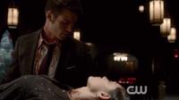 Elijah and Hayley in 1x22