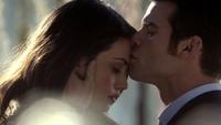 Hayley and Elijah 1x15.