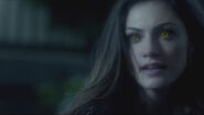Originals-episode-1-20-wolf-hayley