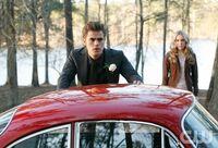 Stefan-7-Amber-1x19-the-vampire-diaries-tv-show-11372460-500-340