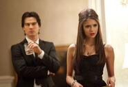Vampire-diaries-season-2-masquerade (34)