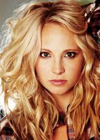 Candice-Accola-Photo-American-Actrees-3