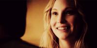 Caroline smiling to Klaus- 4x18