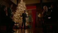 807-048-Damon-Caroline-Matt-Sybil-Peter