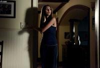 1x04-Family Ties (12).jpg