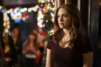 2x08 This Christmas Was Surprisingly Violent-Hope 2