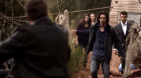 Hayley-Jackson and Elijah 1x19
