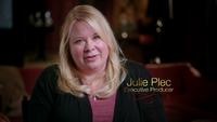 800-Julie Plec-EP