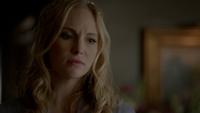 815-085-Caroline~Lizzie~Josie