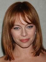 Melinda-clarke-bob-layered-straight-red