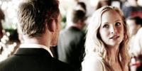 Klaus and Caroline in 4x9