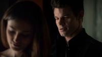 Hayley and Elijah in 1x10