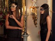 Vampire-diaries-season-2-masquerade (19)