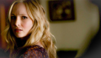 Caroline looking Klaus 4x14