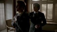 815-076-Stefan~Damon