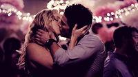Candice-accola-caroline-forbes-couple-forwood-kiss-Favim com-436331