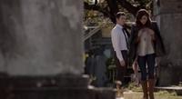 Elijah-Hayley deleted scene 1x1..