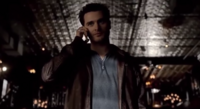 Enzo talking with Damon on the phone 5x19-2